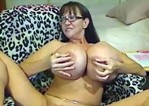 Sexy Aged Moms